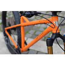 Nordest Bardino Frame Medium Orange